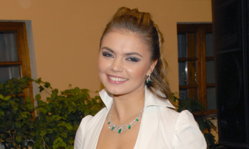 Алина Кабаева: редкие фото гимнастки, и куда она пропала сейчас