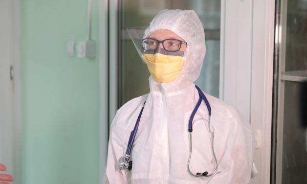 Выплаты врачам продлили до 2022 года